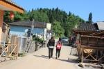 Xie Hui & Xiao Yong Ou in the village of Jing Xiang Rong