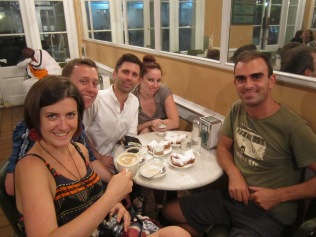 Kat, Chris, Vincenzo, Sarah M& me fooling around in Cafe Du Monde