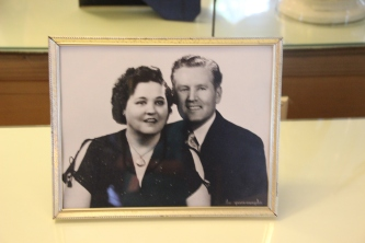 Gladys & Vernon, Elvis' parents